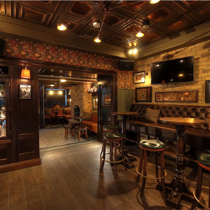 Pat Carrolls Pub10